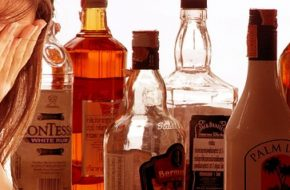How to Help Patients (or Anyone) Struggling with Alcohol Addiction